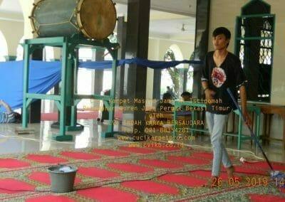 cuci-karpet-masjid-jami-al-istiqomah-64