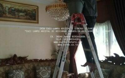 Cuci Lampu Kristal Di Kediaman PANGKOLINLAMIL | KODAMAR