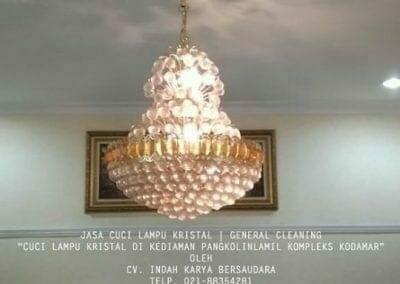 cuci-lampu-kristal-pangkolinlamil-05