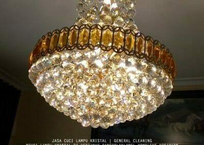 cuci-lampu-kristal-pangkolinlamil-09