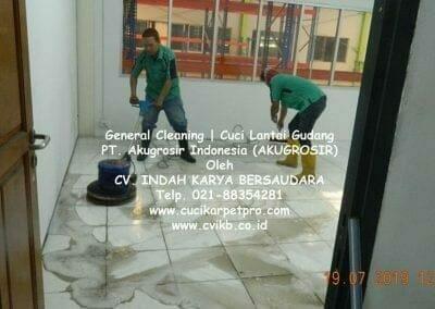 general-cleaning-cuci-lantai-gudang-akugrosir-02