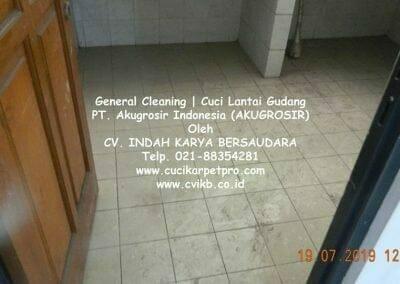 general-cleaning-cuci-lantai-gudang-akugrosir-06