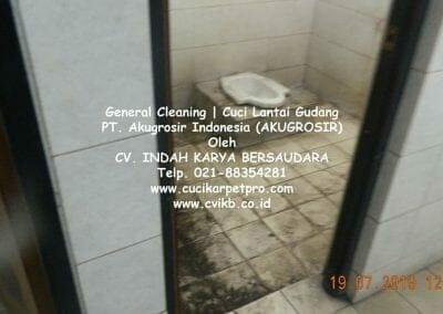 general-cleaning-cuci-lantai-gudang-akugrosir-09