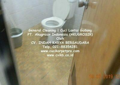 general-cleaning-cuci-lantai-gudang-akugrosir-12