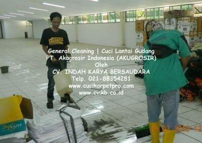 general-cleaning-cuci-lantai-gudang-akugrosir-14