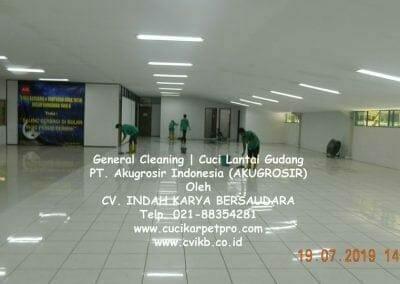 general-cleaning-cuci-lantai-gudang-akugrosir-21