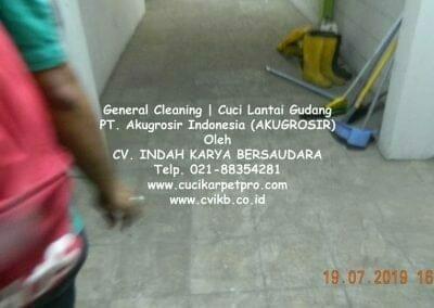 general-cleaning-cuci-lantai-gudang-akugrosir-26