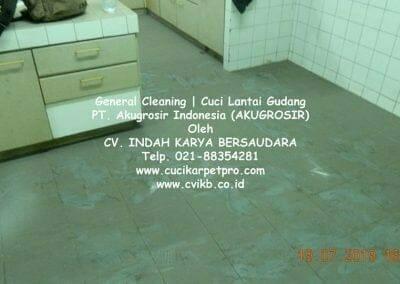 general-cleaning-cuci-lantai-gudang-akugrosir-33