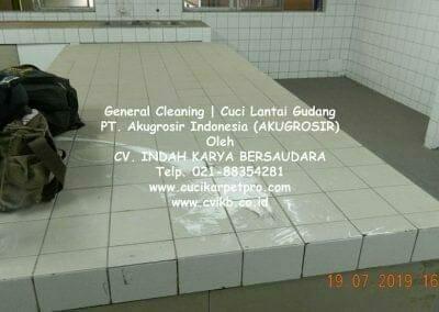 general-cleaning-cuci-lantai-gudang-akugrosir-35