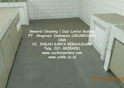 general-cleaning-cuci-lantai-gudang-akugrosir-37
