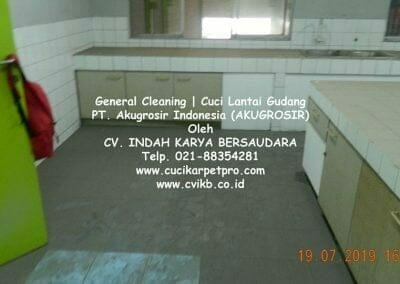 general-cleaning-cuci-lantai-gudang-akugrosir-38