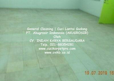 general-cleaning-cuci-lantai-gudang-akugrosir-45