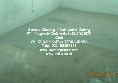 general-cleaning-cuci-lantai-gudang-akugrosir-47