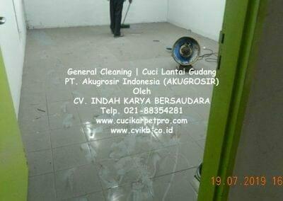 general-cleaning-cuci-lantai-gudang-akugrosir-49