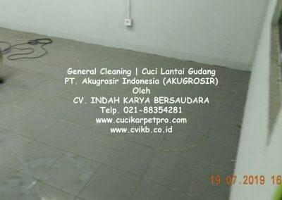 general-cleaning-cuci-lantai-gudang-akugrosir-50
