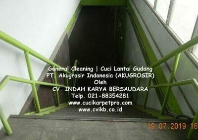 general-cleaning-cuci-lantai-gudang-akugrosir-52