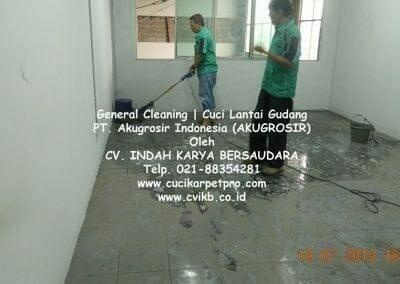 general-cleaning-cuci-lantai-gudang-akugrosir-53