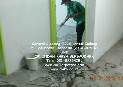 general-cleaning-cuci-lantai-gudang-akugrosir-60