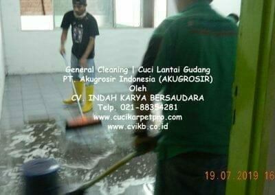 general-cleaning-cuci-lantai-gudang-akugrosir-62
