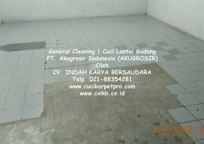 general-cleaning-cuci-lantai-gudang-akugrosir-63