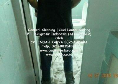 general-cleaning-cuci-lantai-gudang-akugrosir-67