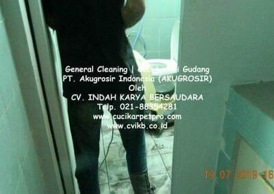 general-cleaning-cuci-lantai-gudang-akugrosir-68