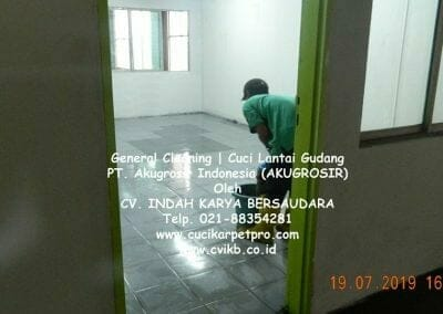 general-cleaning-cuci-lantai-gudang-akugrosir-69