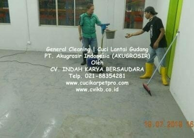 general-cleaning-cuci-lantai-gudang-akugrosir-70