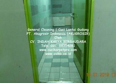 general-cleaning-cuci-lantai-gudang-akugrosir-76