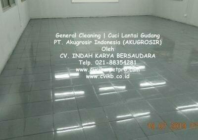 general-cleaning-cuci-lantai-gudang-akugrosir-77