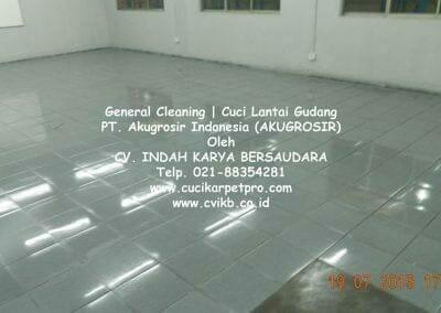 general-cleaning-cuci-lantai-gudang-akugrosir-79