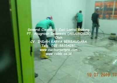 general-cleaning-cuci-lantai-gudang-akugrosir-82