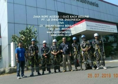 jasa-rope-access-gedung-pt-lg-03