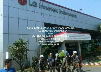 jasa-rope-access-gedung-pt-lg-04