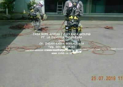 jasa-rope-access-gedung-pt-lg-07
