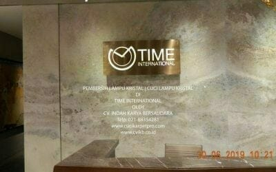 Pembersih Lampu Kristal | Cuci Lampu Kristal di Time International