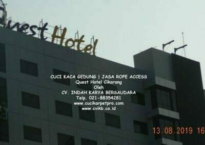 cuci-kaca-gedung-quest-hotel-18