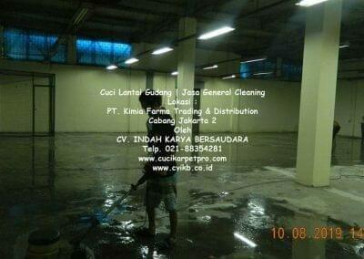 cuci-lantai-gudang-kimia-farma-01