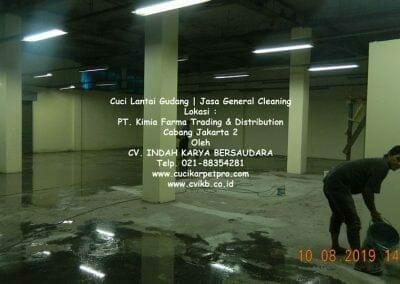 cuci-lantai-gudang-kimia-farma-15