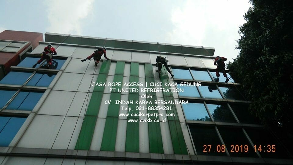Jasa Rope Access | Cuci Kaca Gedung PT United Refrigeration