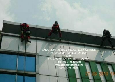 jasa-rope-access-pt-united-refrigeration-04
