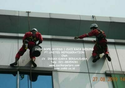 jasa-rope-access-pt-united-refrigeration-20