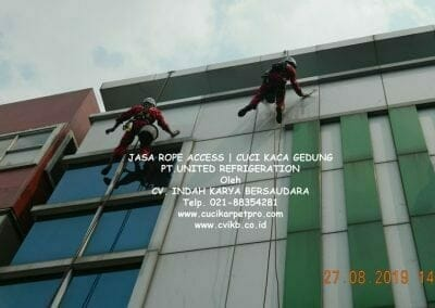 jasa-rope-access-pt-united-refrigeration-23
