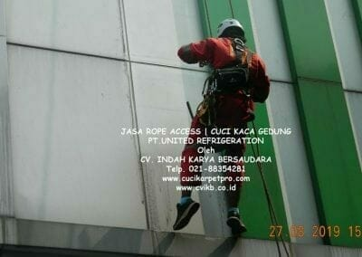 jasa-rope-access-pt-united-refrigeration-30