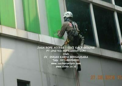 jasa-rope-access-pt-united-refrigeration-31