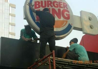 cuci-neon-sign-cuci-acp-burger-king-27