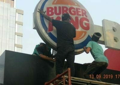 cuci-neon-sign-cuci-acp-burger-king-28