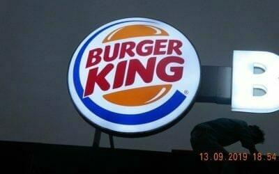 Cuci Neon Sign | Cuci ACP BURGER KING Pantai Indah Kapuk