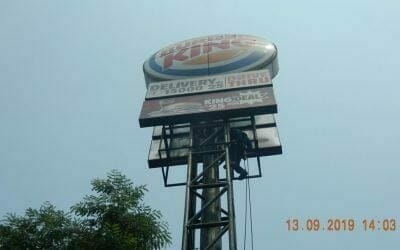 Jasa Rope Access | Cuci Pole Sign BURGER KING Indonesia