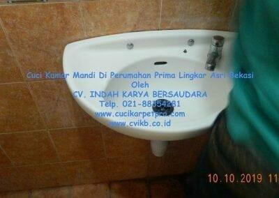 cuci-kamar-mandi-di-prima-lingkar-asri-07